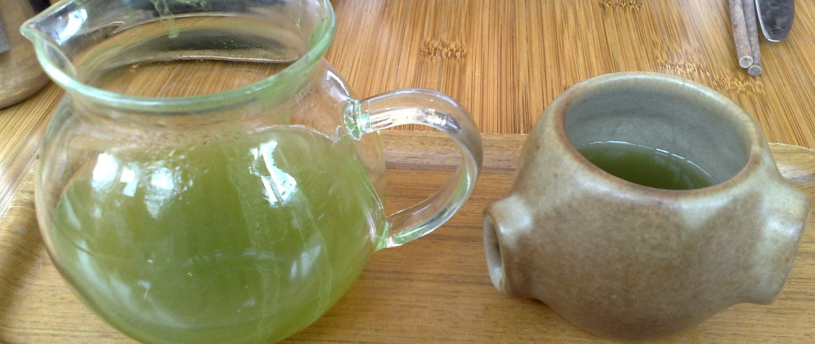 Green tea at Samovar._by_Marlon E