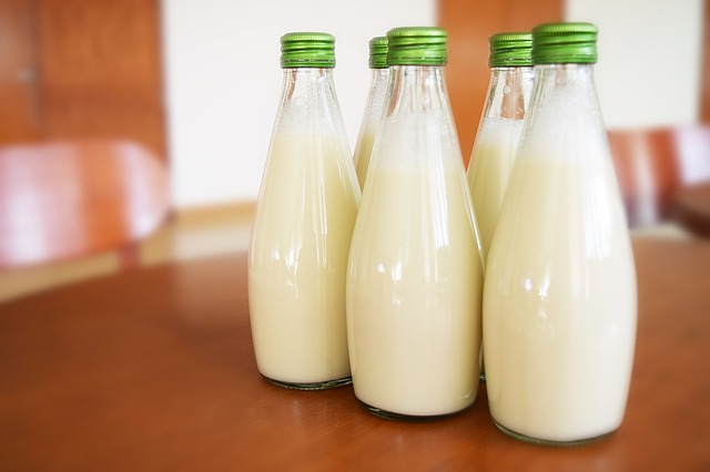 milk-1223800_640