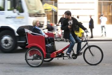 1024px-Pedicab7av59jeh
