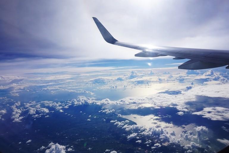 plane-1632598_960_720