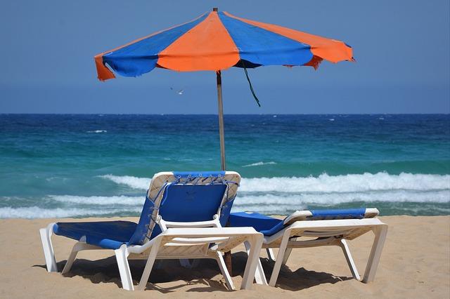 parasol-425110_640
