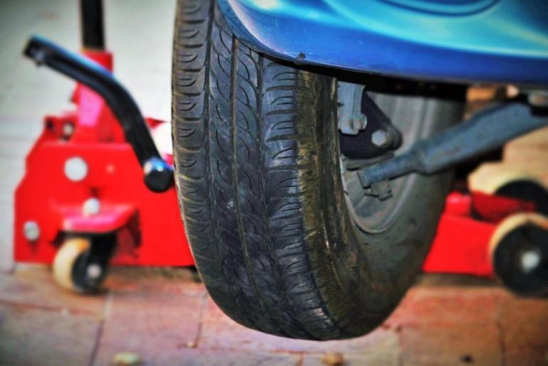 auto-tires-1317038_960_720
