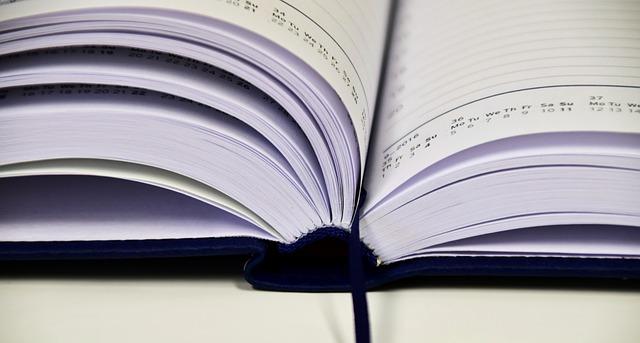 book-1945515_640