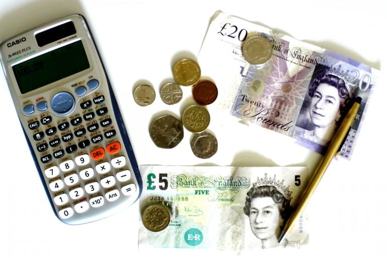 calculator-and-cash-1398088663rbF