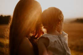backlit-child-golden-hour-2547988