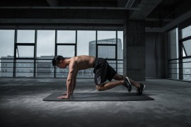man-working-out-2294361