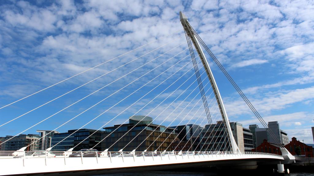 Dublin, Ireland_by_Douglas Pfeiffer Cardoso