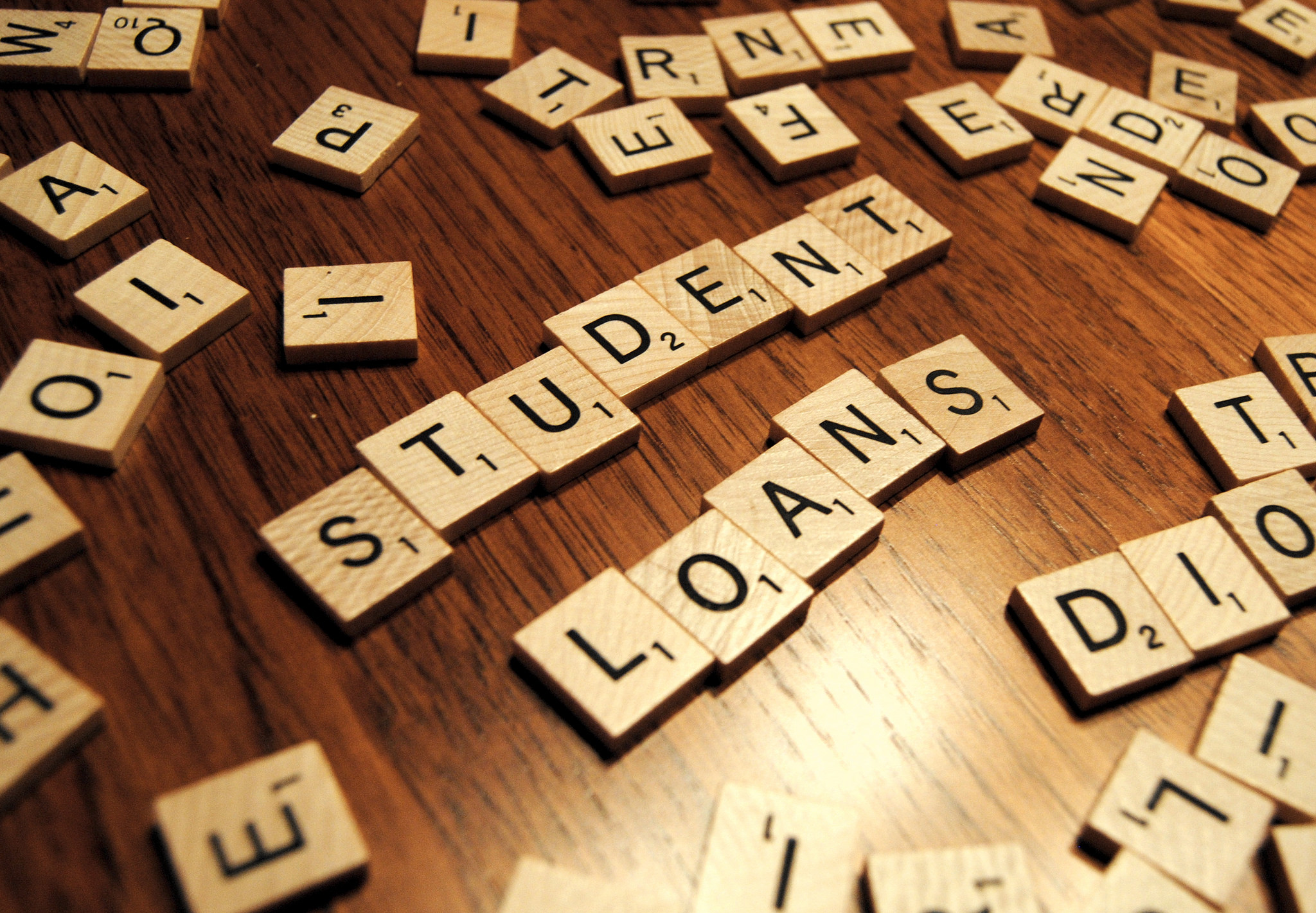 5 Reasons to Pay off Your Student Loan Fast