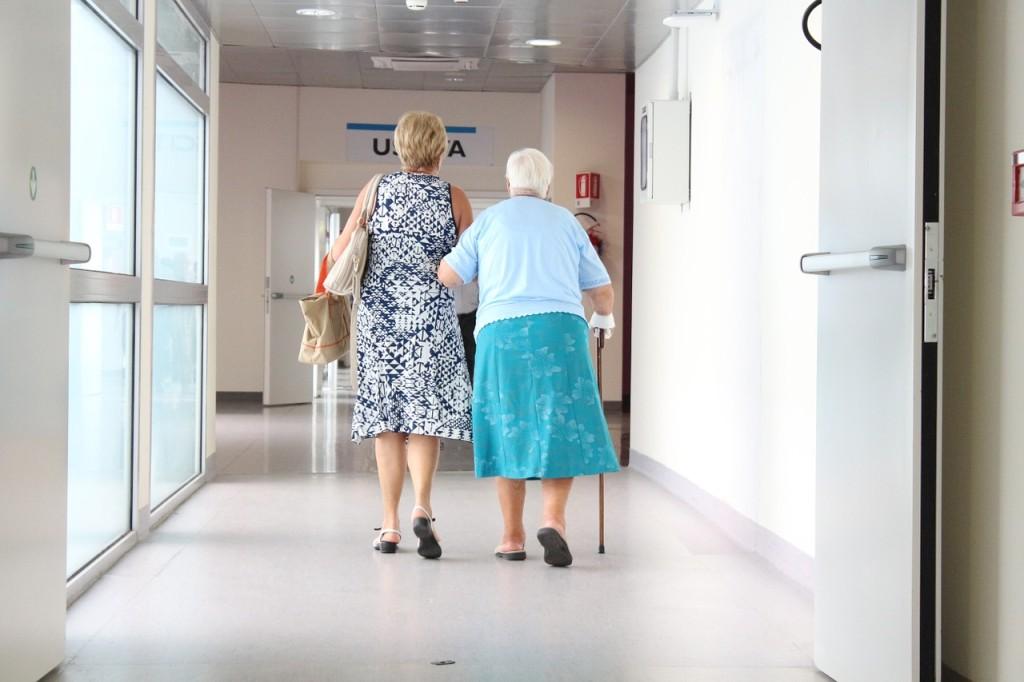 elderly-1461424_1280