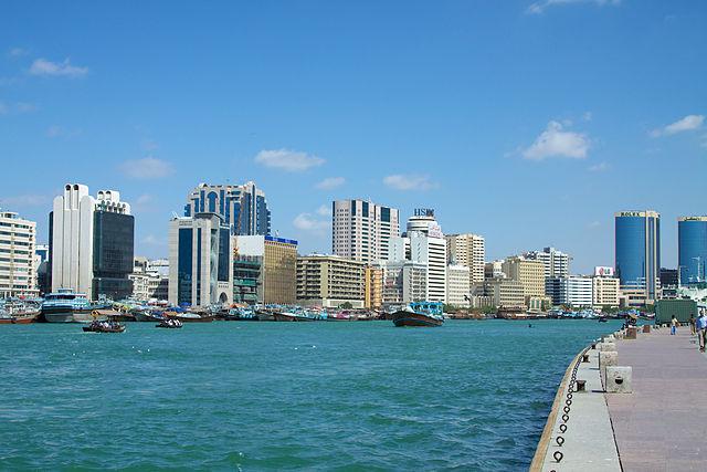 640px-Dubai_Creek_from_Bur_Dubai_(5374118618)