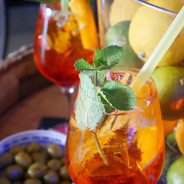 drink-1179309_640