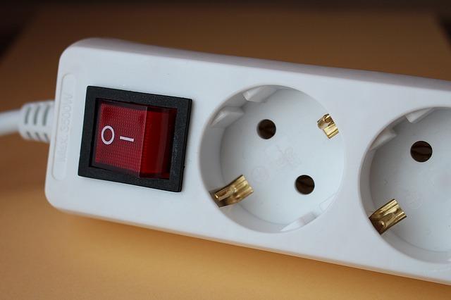 socket-643720_640