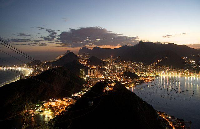640px-Rio_de_Janeiro_night