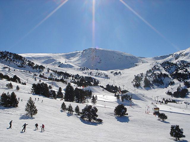 Grandvalira_ski_resort,_Andorra4